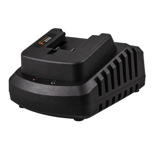 FERM Quick Charger 21V, 2.5A, LED Indicator CDA1137